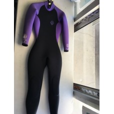 Body Glove Women's 6.5mm Full Wetsuit, Purple M - 7 *USED*
