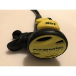Atomic Aquatics Yellow SS1 Octopus with Hose Used